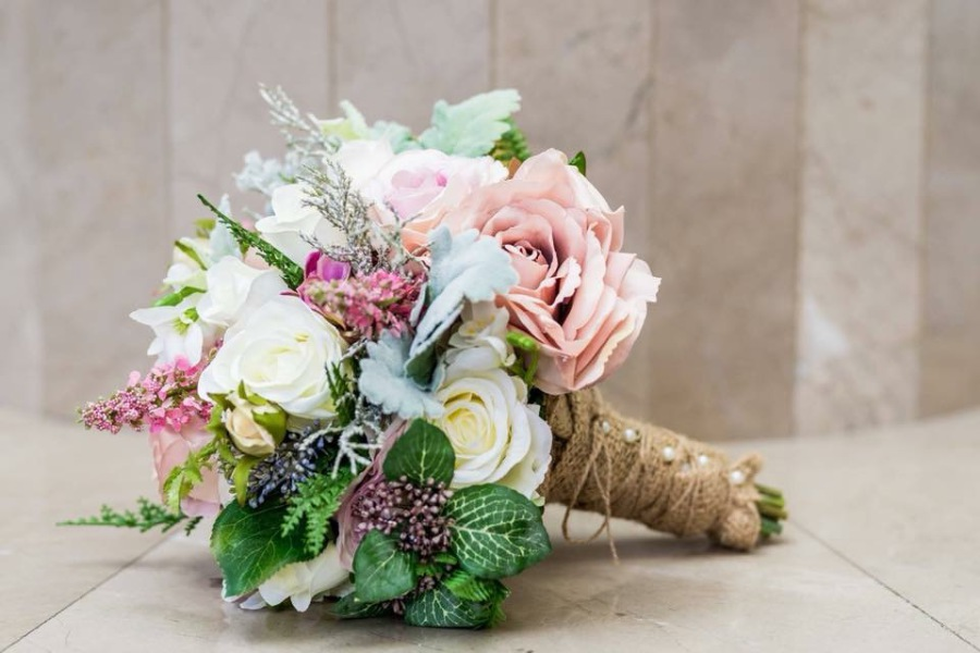 How to make a round bridal bouquet with silk flowers